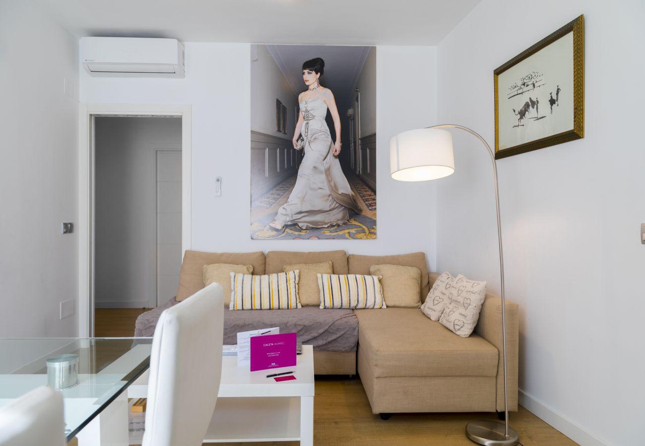 Apartamento en Málaga - Pompidou Superior 4B