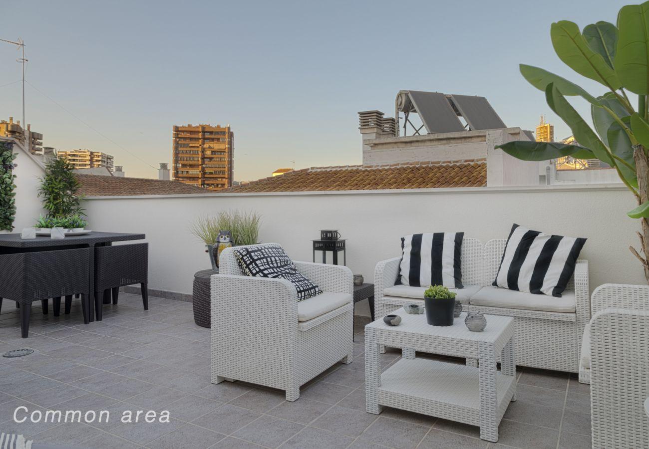 Apartamento en Málaga - Ancha del Carmen II Parking